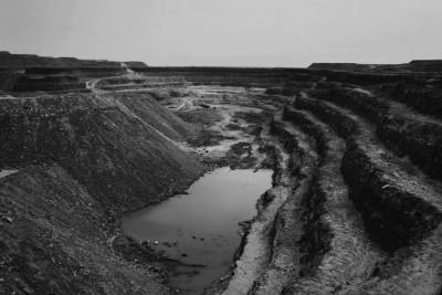 На фото - процес видобутку урану з відкритої уранової копальні Tamgak  компанією Areva Somair в Арліт, Нігерія.